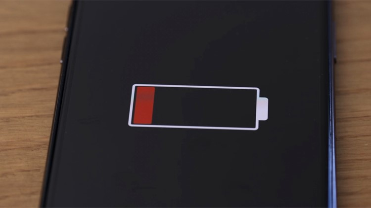 Scientists Develop New Technique To Reduce Phone Charge Time to Just 5 Minutes