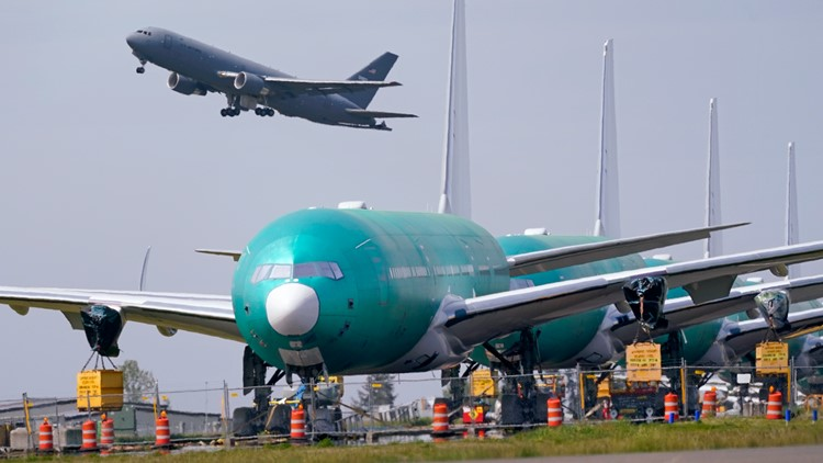 US will give aircraft companies $482 million for pandemic