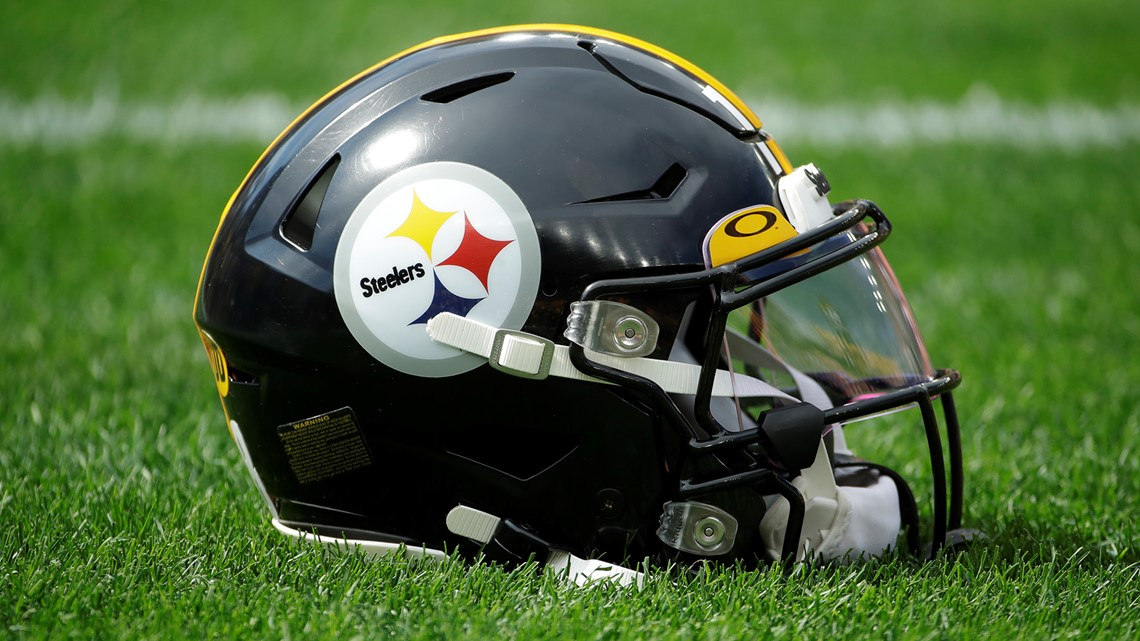 Nfl Tests Coronavirus Limiting Masks With N95 Surgical Material Wusa9 Com