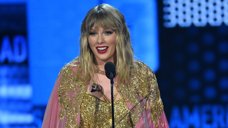 2019 American Music Awards - Show Taylor Swift