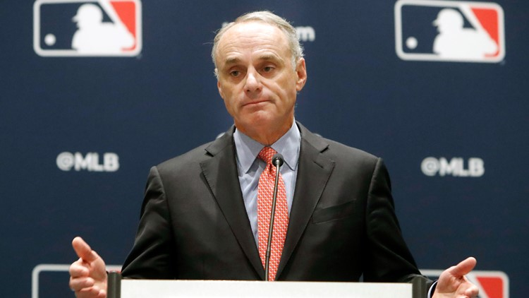 MLB threatens pitchers with 10-game bans for altering balls