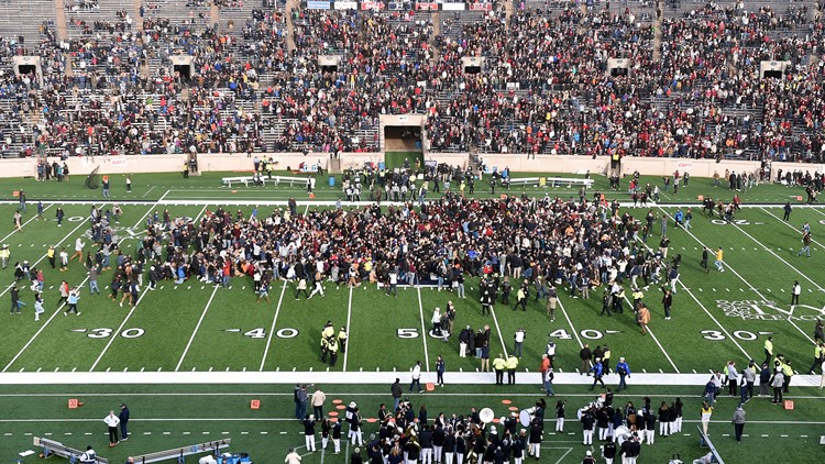 Harvard Yale Protest Football wide shot