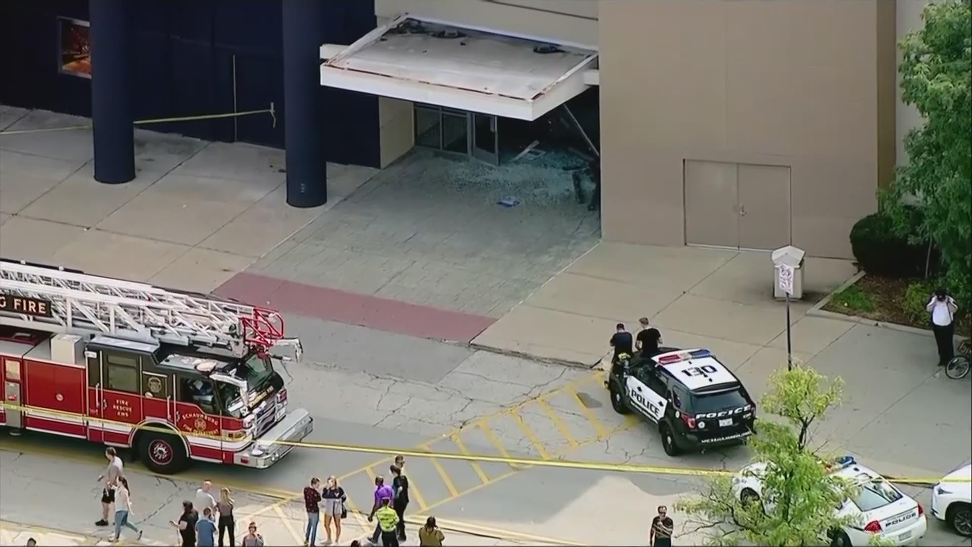 suv plows through woodfield mall wusa9 com suv crashes rolls through suburban mall