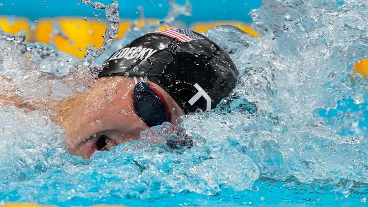 Ledecky wins 2nd Tokyo gold in 800m free
