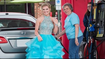 Stranger's act of kindness turns prom night around for teen
