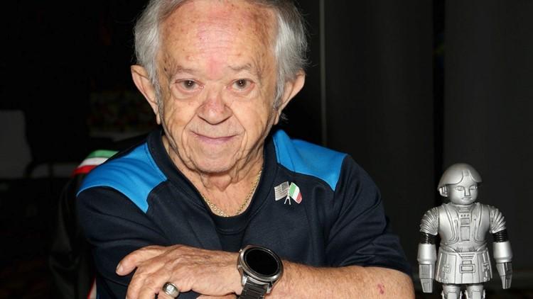 Felix Silla, 'Addams Family' Star, Dead at 84