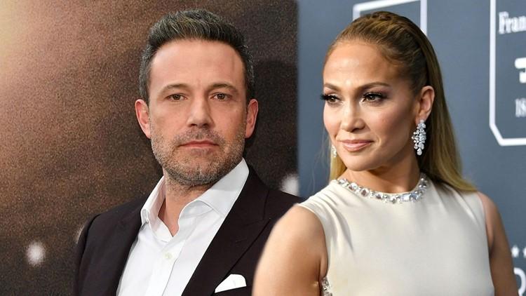 Jennifer Lopez and Ben Affleck Kiss During Romantic Dinner Date in Malibu