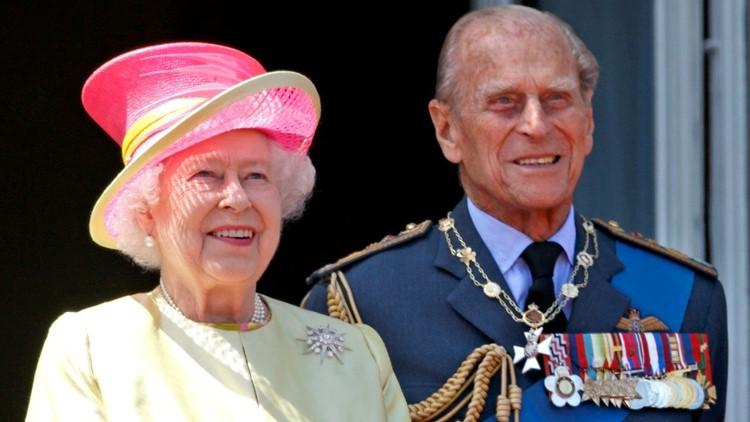 Queen Elizabeth Left a Sentimental Handwritten Letter for Prince Philip on His Coffin