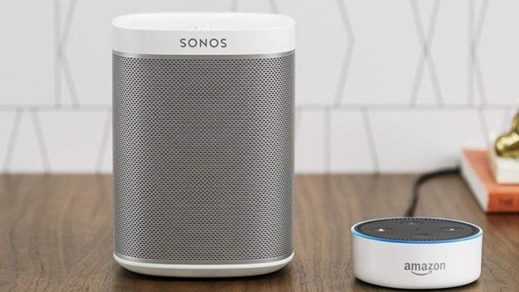Gifts-for-him-2018-sonos-play-1.jpg