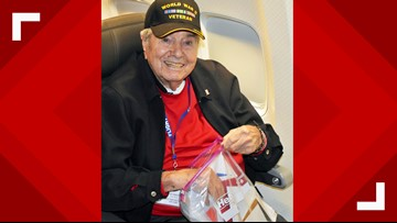 95-year-old WWII Vet dies on plane on way home after 'Honor Flight' trip to DC