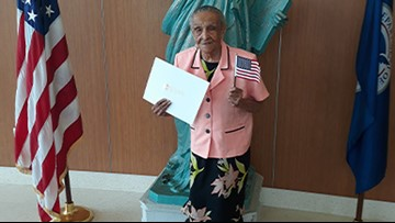 103-year-old Miami grandmother becomes a U.S. citizen