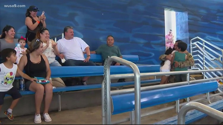 Texas family gets SeaWorld surprise from returning military father | Get Uplifted