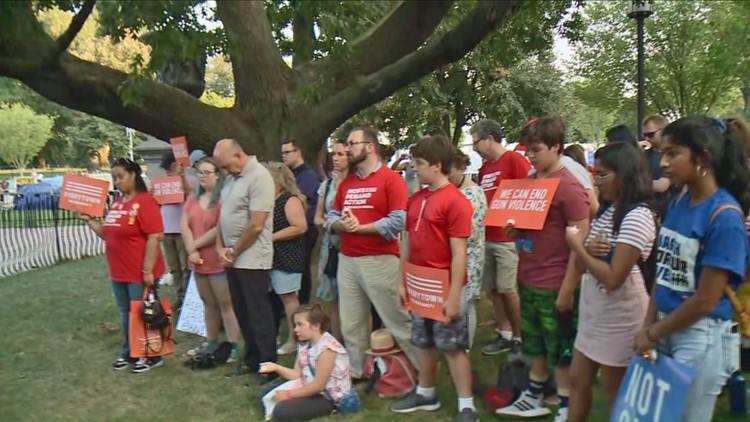 Montgomery County White House vigil