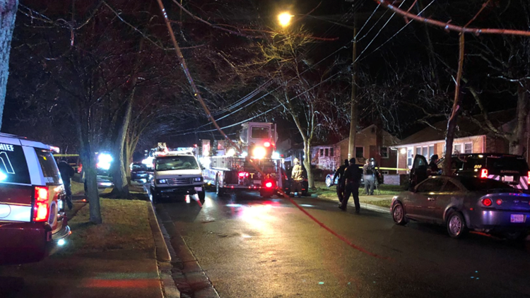 House fire in New Carrollton leaves 1 dead, 5 others displaced