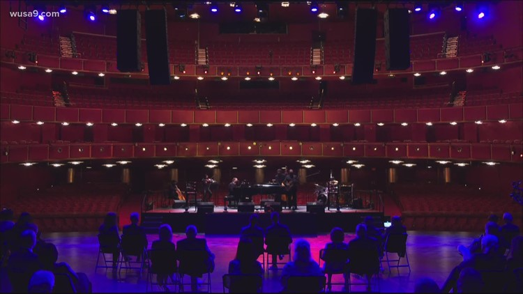 Kennedy Center hosts star-studded concert to celebrate 50th anniversary