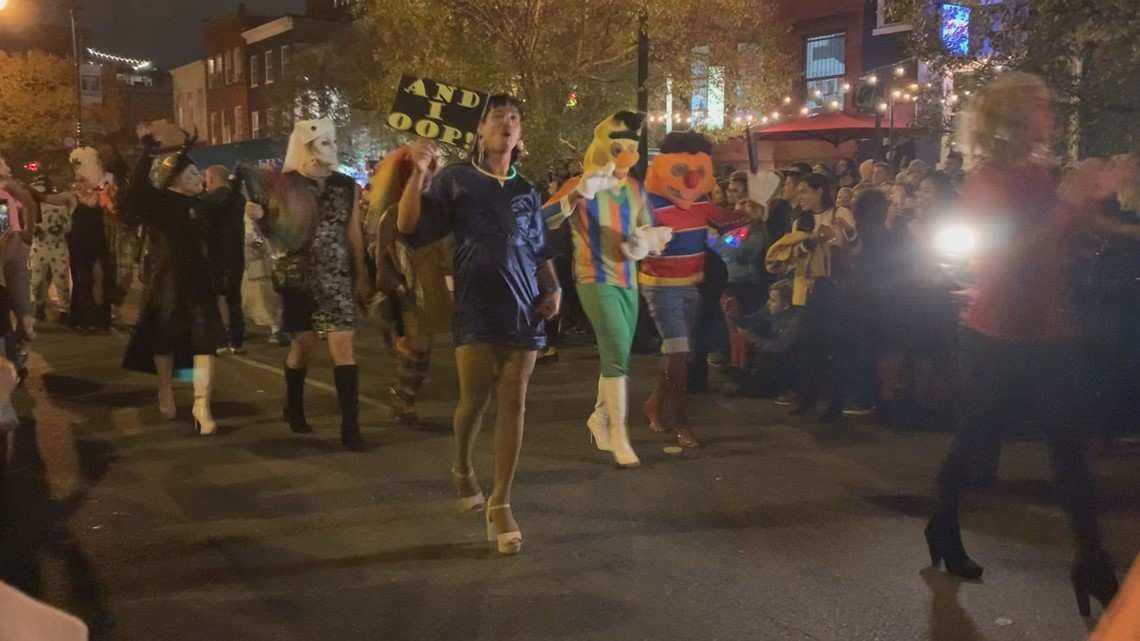 DC's legendary High Heel Race will take over 17th Street NW again | It's A DC Thing