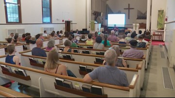 Silver Spring sanctuary church trains volunteers to help immigrants deal with ICE