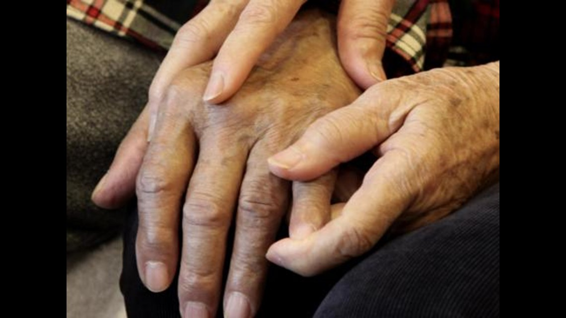 Tips to help care for loved ones with dementia during COVID-19 threat