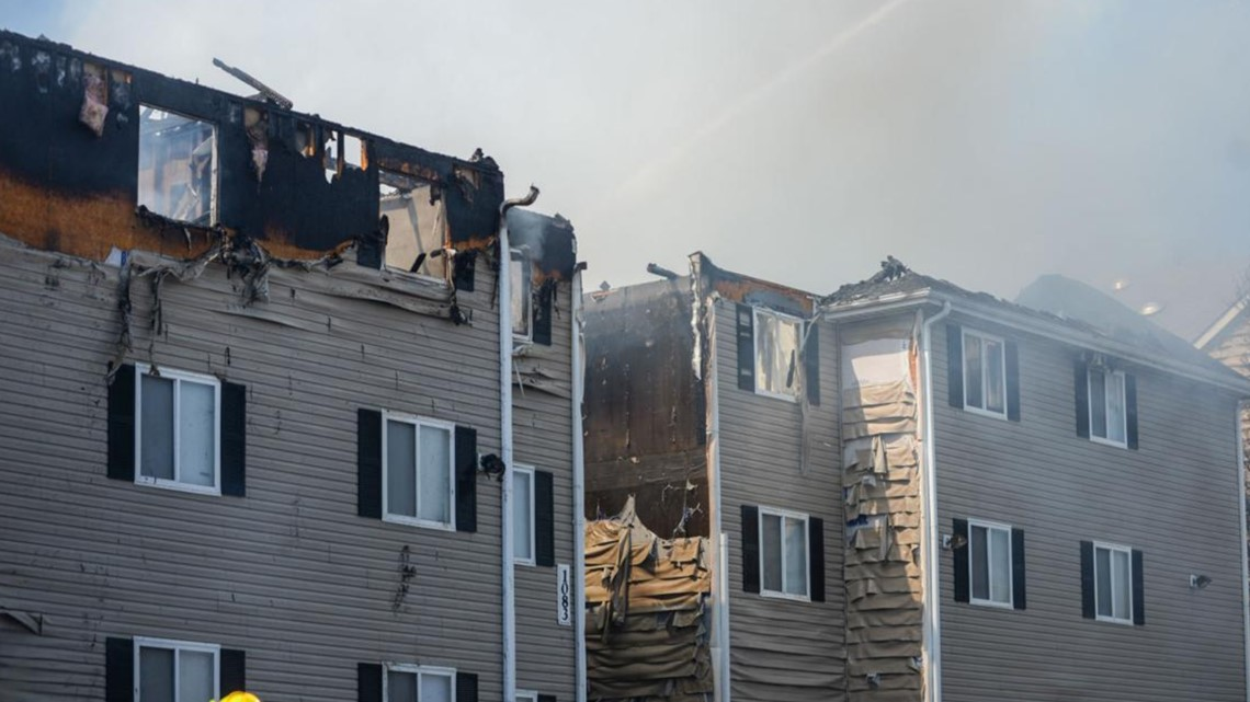 Loudoun County Resident Among 40 Students Displaced After 5 Alarm Fire Engulfs James Madison University Apartment Complex Wusa9 Com 6 miles and an atmospheric pressure of 1021 mb. loudoun county resident among 40