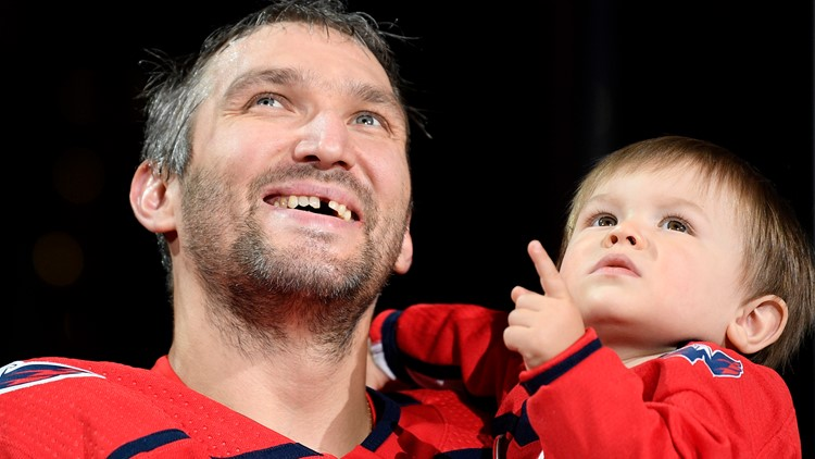 Blowing kisses and a $40K watch: Ovechkin honored by Caps for reaching 700 career goals