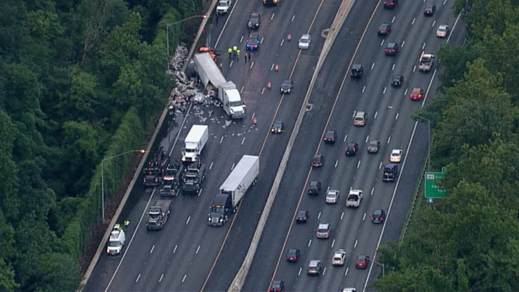 3 lanes closed on Capital Beltway after tractor trailer carrying newspapers jackknifes