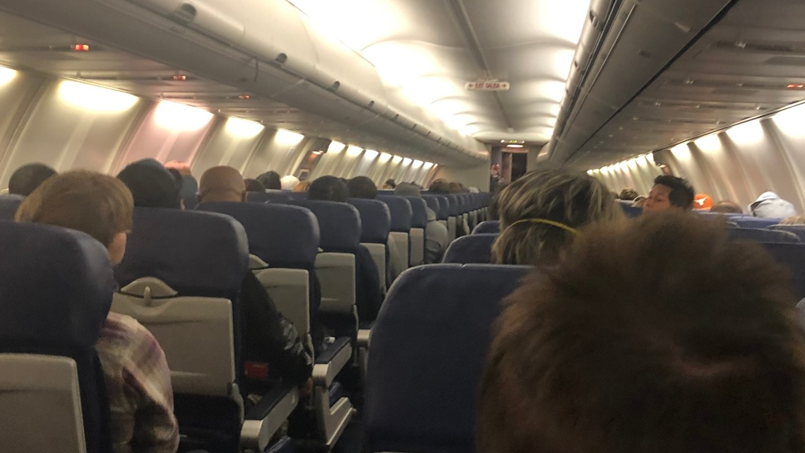 'We are sitting ducks' | Flight attendants fear COVID-19 spread without restrictions on leisure travel