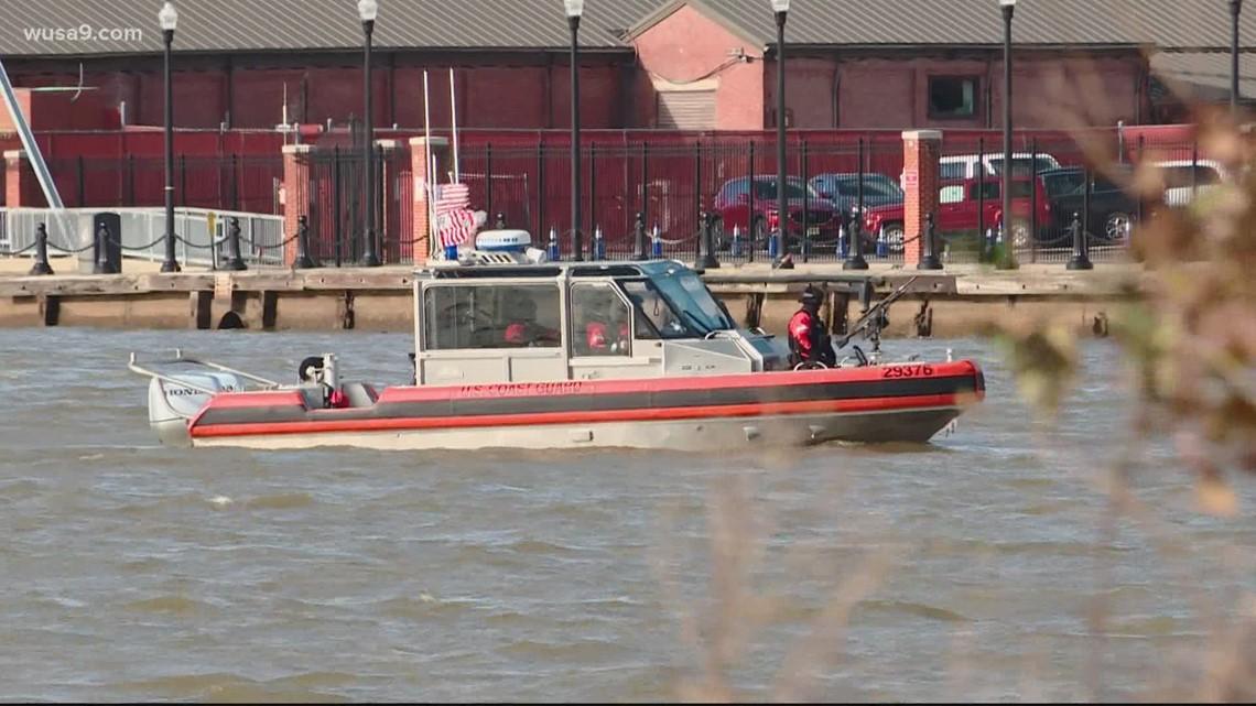 Coast Guard closes Potomac and Anacostia Rivers to head off any threat