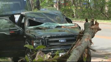 Tornado leaves path of damage through Reston
