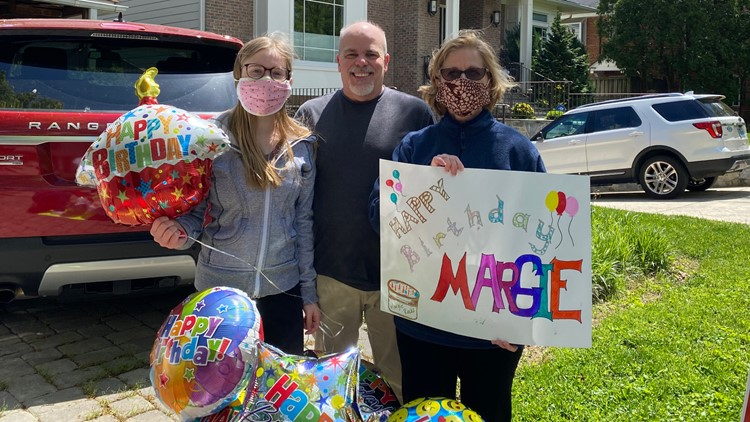 We're all in this together: Daughter surprises mom who's a nurse with birthday parade