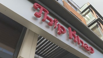 'I just feel very helpless' | Restaurant owner aids laid-off employees