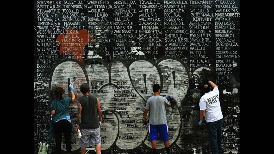 Verify Is Graffiti On Vietnam Memorial From Protesters Wusa9 Com