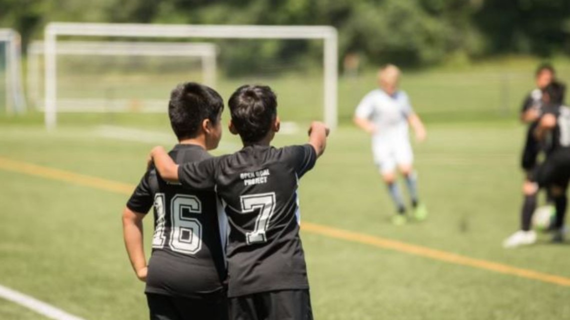Get Up Give Back gives $1,000 to Open Goal Project