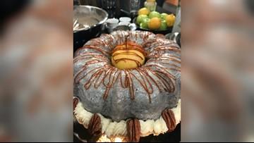 A vegan applesauce cake recipe for Applesauce Cake Day