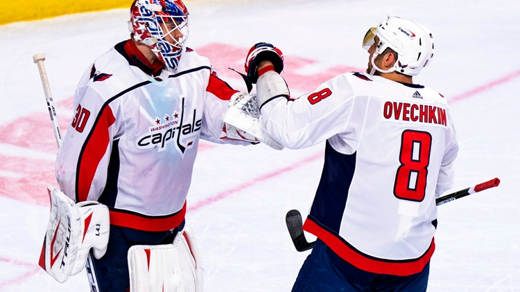 Locked On Capitals: Ovechkin scores 2 goals in win over Flyers; Caps extend division lead