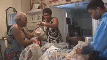 Community helps Southeast, DC elderly woman who struggles to get to nearest supermarket