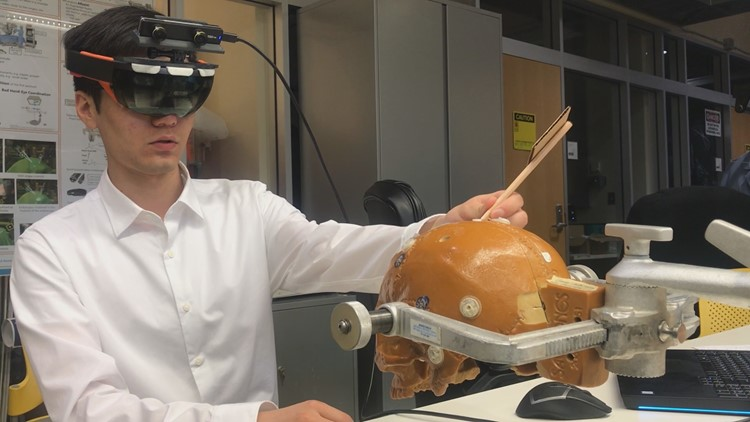 AR used to make brain surgery safer