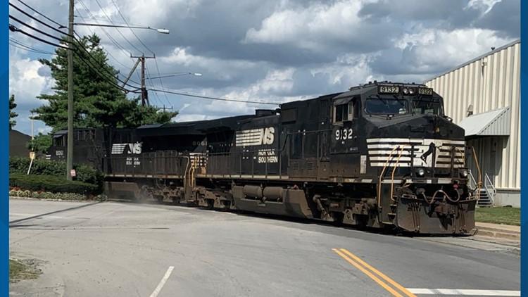 Traffic alert: Freight train derails in Fairfax County