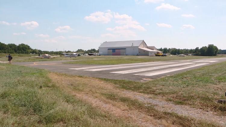 Freeway airport