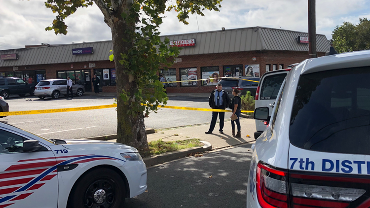 5 shot, including 13-year-old boy, in Southeast DC; police investigating