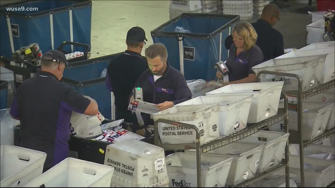Here are the holiday shipping deadlines for FedEx, USPS and UPS