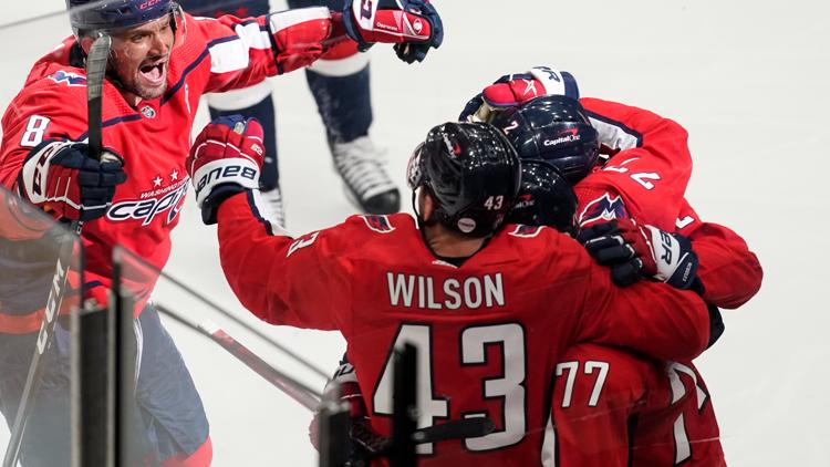 Capitals beat Bruins 3-2 in Game 1 amid fans at Capital One Arena