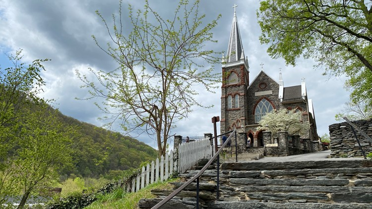History, hiking and haunts in Harpers Ferry | Get Up Getaways
