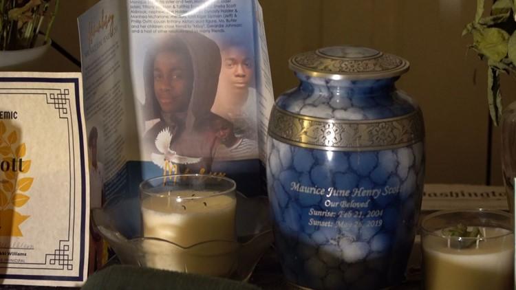 Maurice Scott's cremation urn.