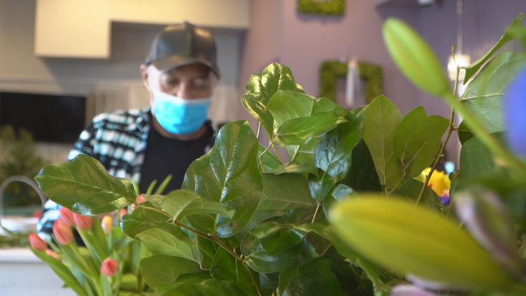 76-year-old D.C. staple Lee's Flower Shop 'grateful' to be thriving one year into COVID