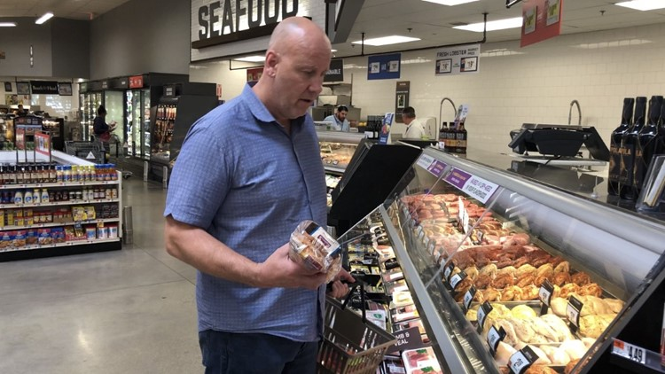 Mike Wise grocery shopping