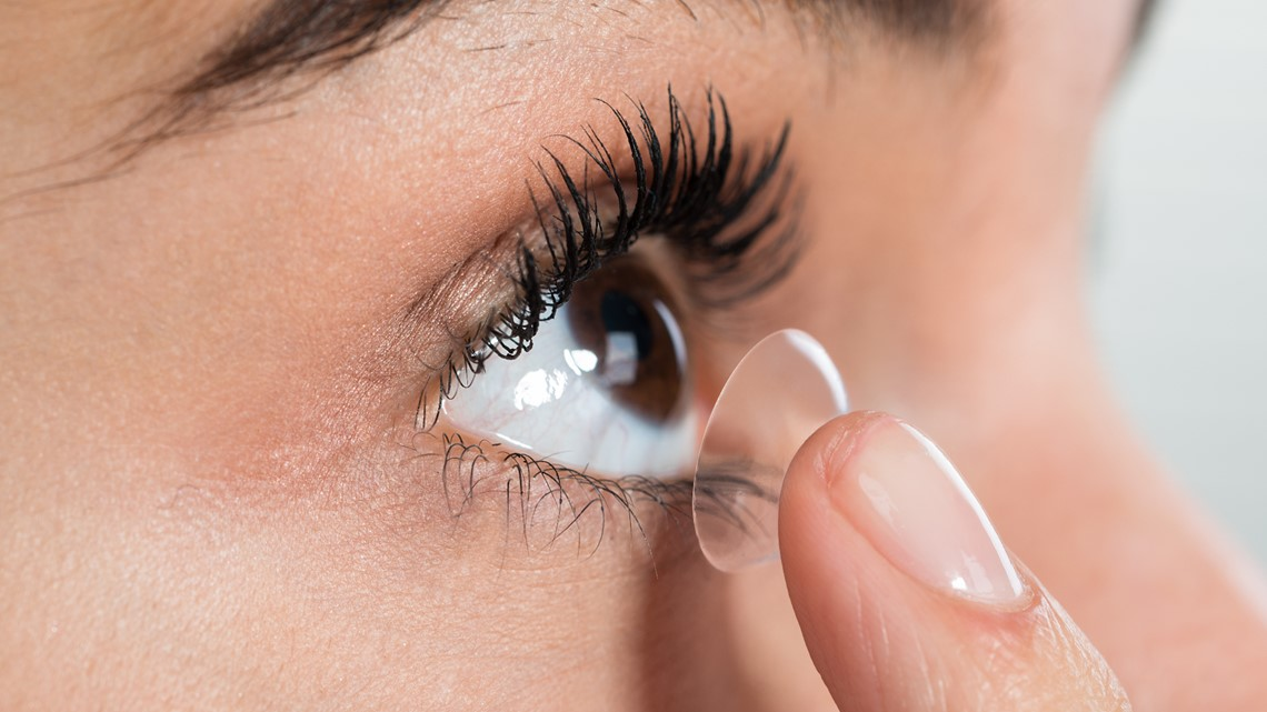 VERIFY: Yes, showering with your contact lenses in can lead to an eye infection caused by parasites