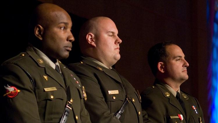 Slain Officer Thomas Bomba Recieves Award