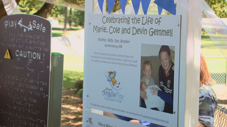 Playground honoring family killed in plane crash opens with fanfare