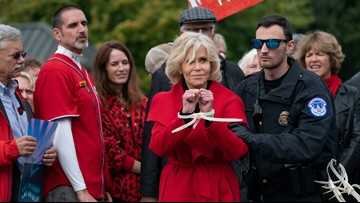 For the fourth time in a month, Jane Fonda avoids arrest while protesting for climate change