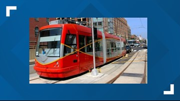 'I can't say it's bringing money into my business because it's not'| Mixed reviews of DC's $200 million street car